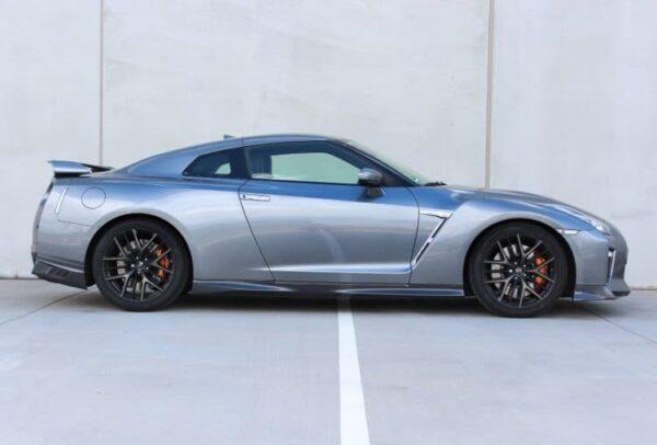 Nissan GT-R Gutschein 8 Runden Rennstrecke fahren