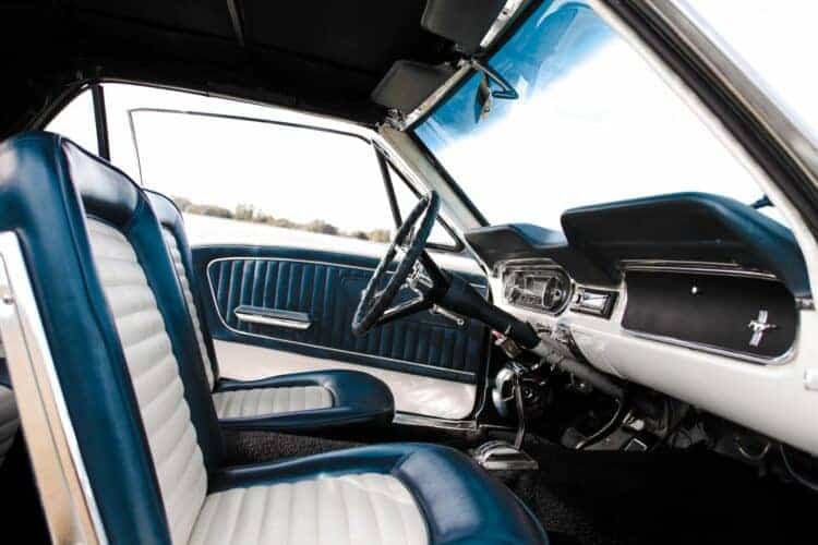rent an ford mustang oldtimer in munich 2