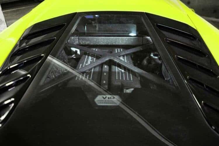 Rent a Lamborghini Huracan LP-610 in Frankfurt 3