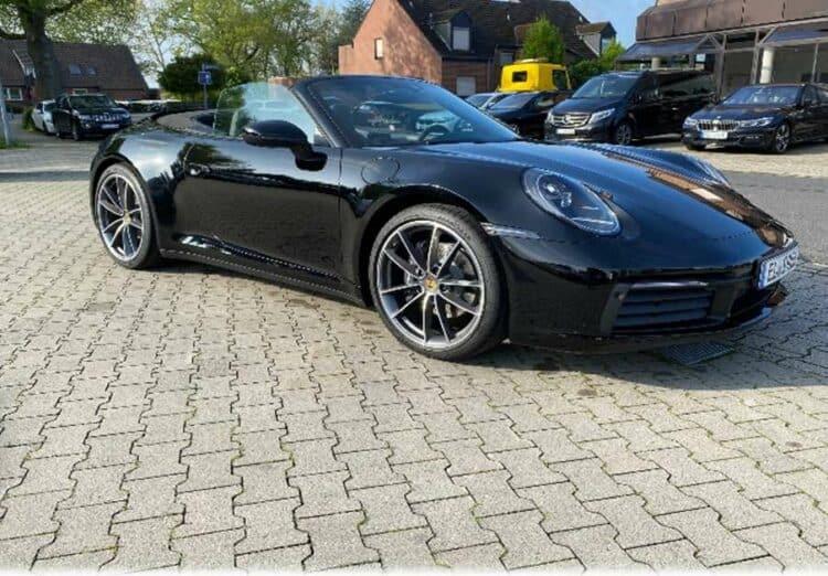 Rent a Porsche 911 Convertible in Meppen