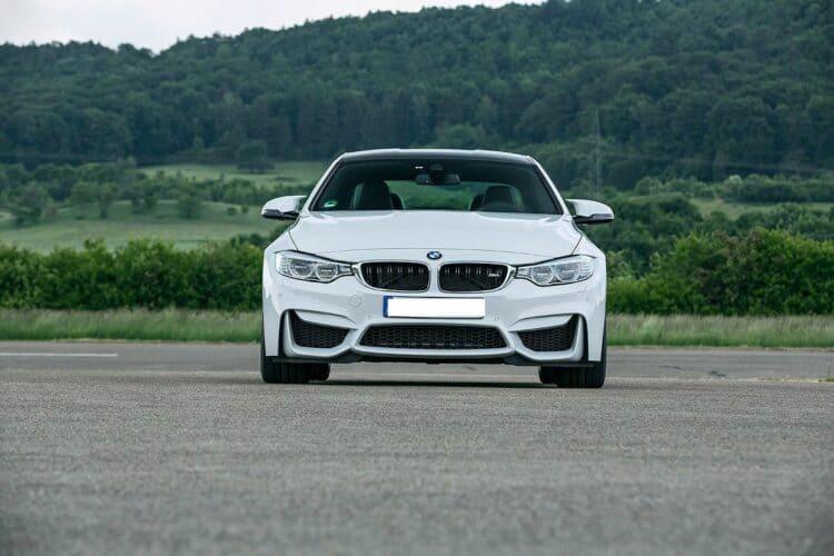 Rent a BMW M4 in Bochum