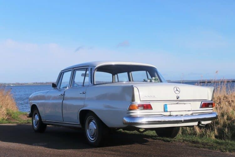 Rent a Mercedes 200 D in Flensburg