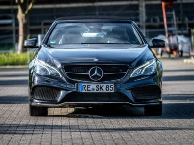 Rent a Mercedes E-Class convertible in Dortmund