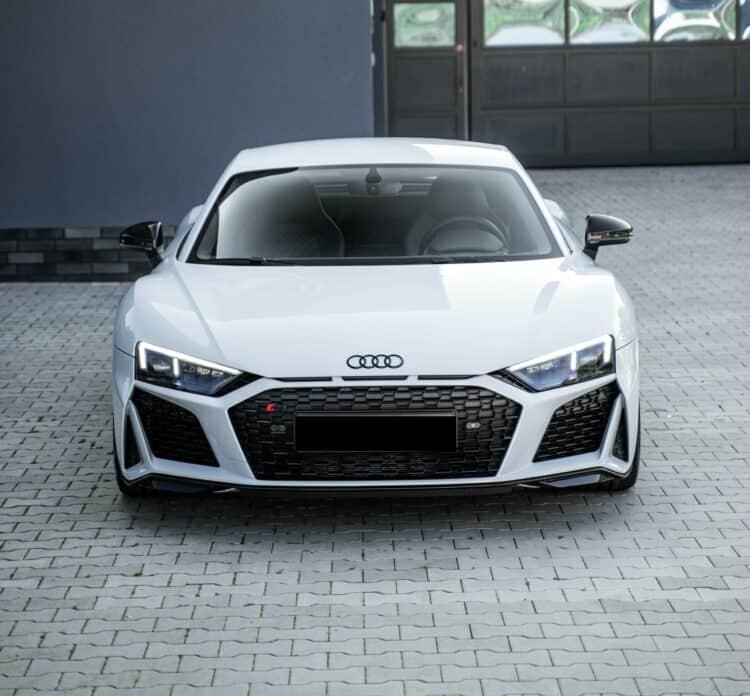 Rent an Audi R8 V10 Performance in Bielefeld
