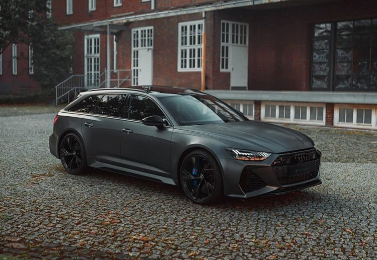 Rent an Audi RS6 Avant in Bielefeld