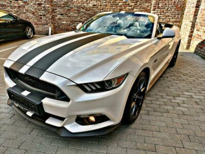 Rent a Ford Mustang GT Convertible in Dortmund