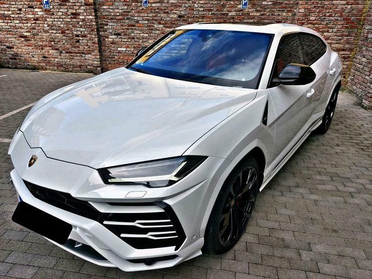 Rent a Lamborghini Urus in Dortmund