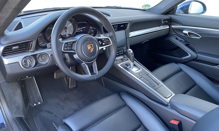 orsche 911 Carrera 4S